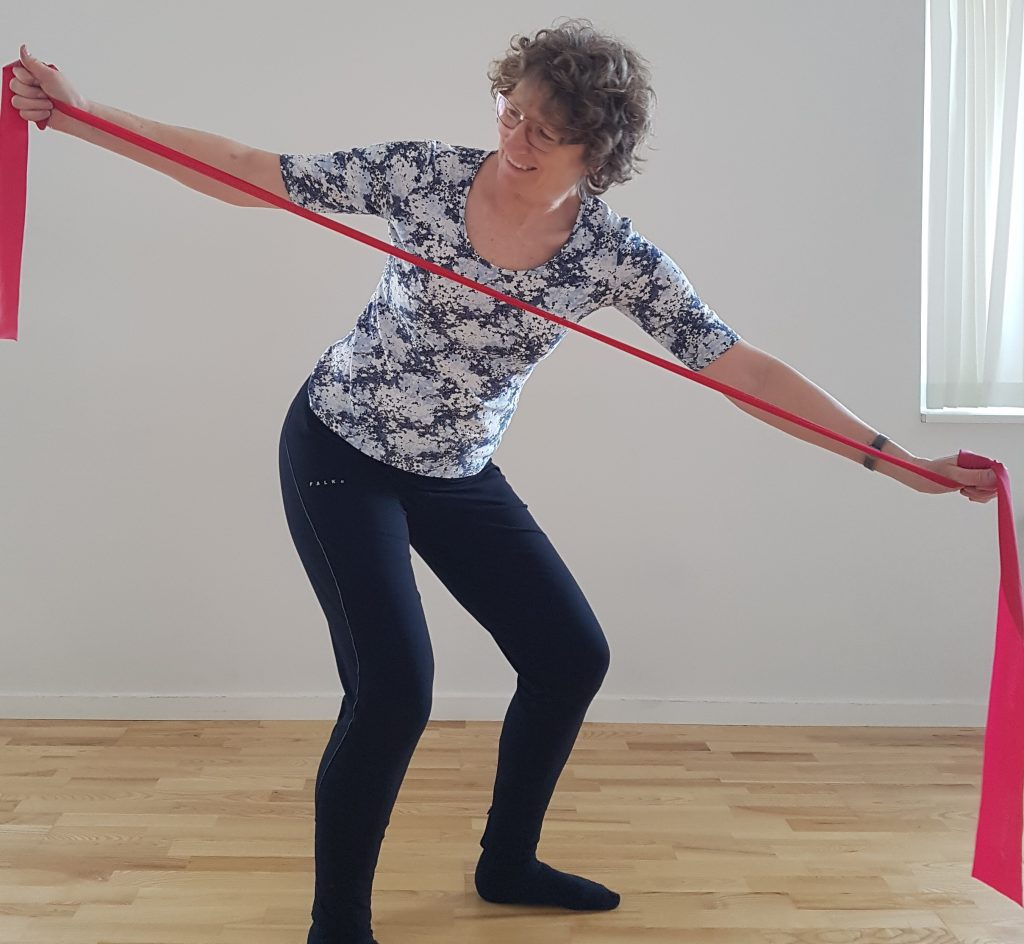 Ny stabilitetstræning styrker kroppens egne stabiliserende reflekser. Ny-stabllitetstræning med Lise Marianne Rasmussen